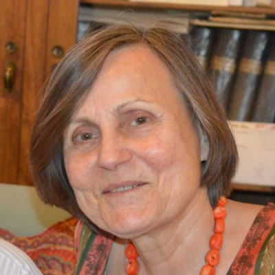 Dr. Elfriede Damalas